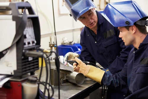 Welders' Occupational Risks Include Chemical Exposure 1
