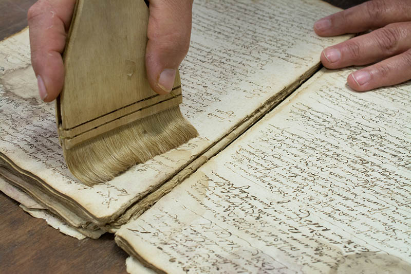 Indoor Air Quality Problems Facing Book Restorers 1